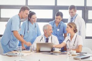 Team vincente del laboratorio di analisi cliniche